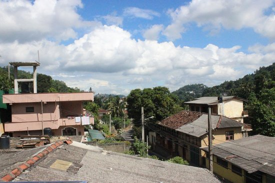 Kandy City Hostel : View from the rooftop