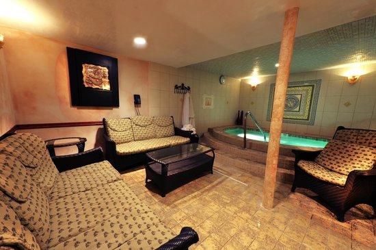 Private Room - Picture of BRC Day Spa & Sauna Resort, Fair