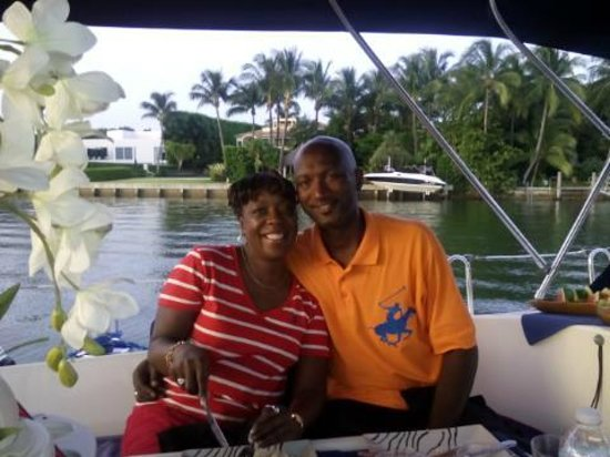 Miami Sailing - Private Day Charters: 29th Wedding Anniversary