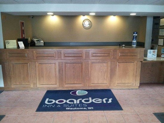 Boarders Inn and Suites Wautoma, WI: Reception