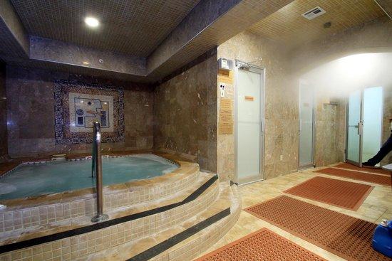 Jacuzzi scrub rooms foto di brc day spa sauna resort for 3 day spa retreat