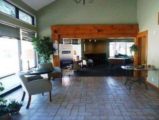 Travelodge Big Bear Lake CA : Lobby.