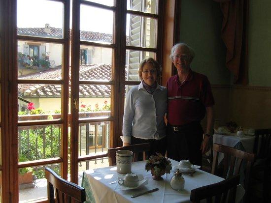 Hotel Desiree: Wonderful Breakfast Ambience