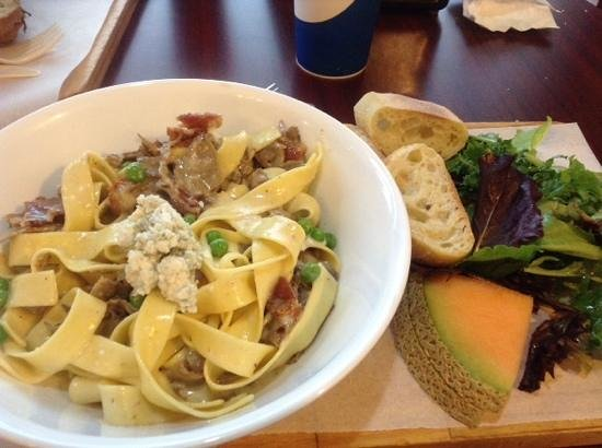 Panini Panini: pappardelle with beef