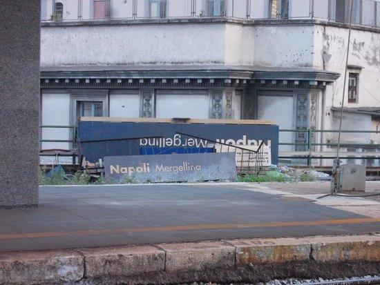 STAZIONE FERROVIARIA di NAPOLI MERGELLINA