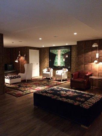 Ofelias Hotel: .