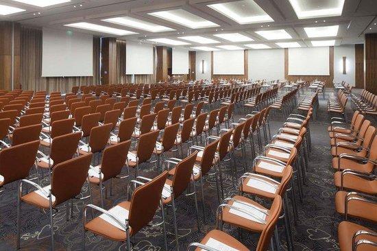 EPIC SANA Lisboa Hotel : Meeting Room