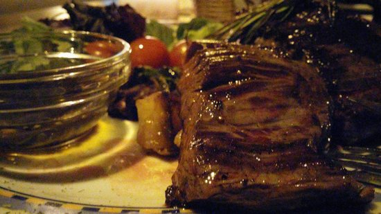 Palapa Restaurant & Bar: Argentinean-style meat