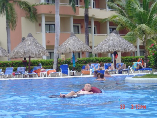 Grand Bahia Principe Punta Cana : one of the pools