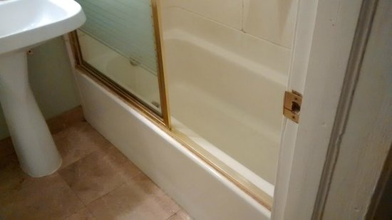 El Cortez Hotel & Casino: bath