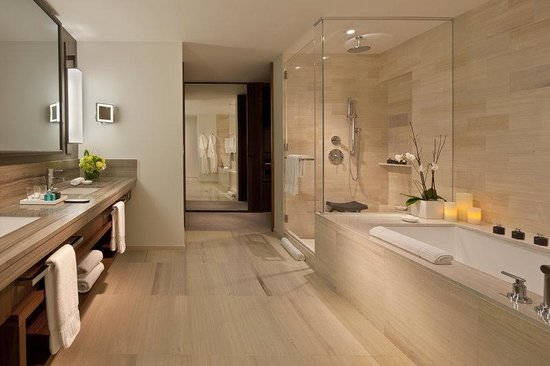 Langham Place, New York : Empire Two Bedroom Residence Bathroom