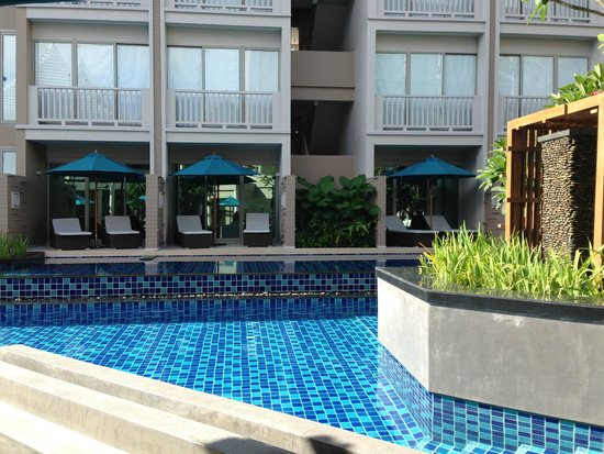 Grand Mercure Phuket Patong: piscine accès chambre