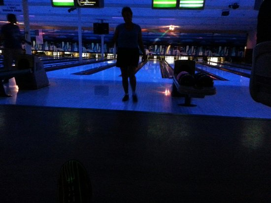 Ashland, KY: Black light bowling