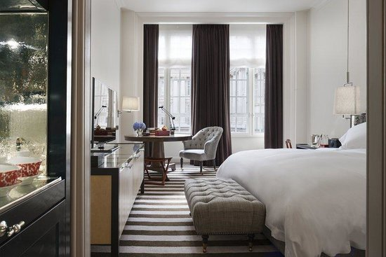 Rosewood London: Deluxe Room Detail