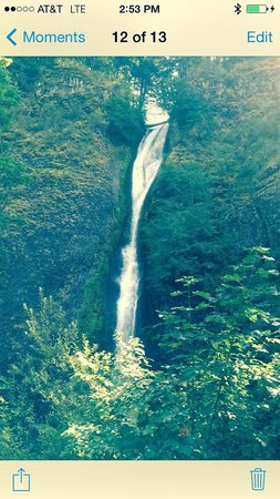 Columbia River Gorge National Scenic Area : Beautiful! :)
