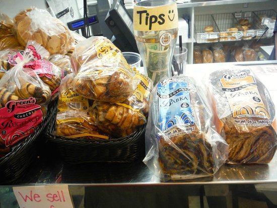 Rosenfeld's Jewish Delicatessen: Real Jewish breads and loafs