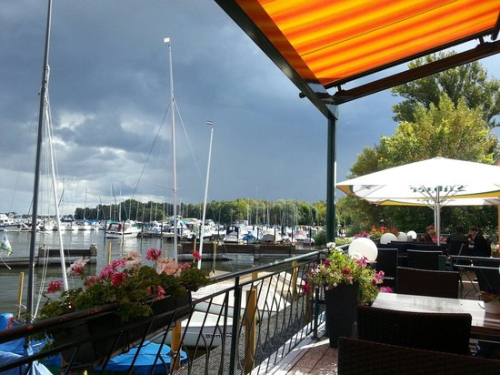 Restaurant Zum Fischerufer: Direkt am Wasser
