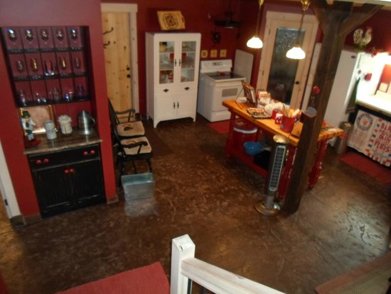 The Oliver Acreage: kitchen