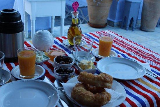 Casa Perleta: breakfast
