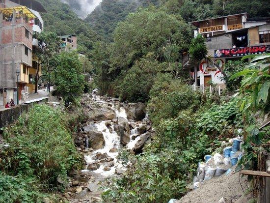 Inti Punku Macchu Picchu Hotel : Aguas calientes