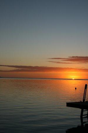 Hilton Moorea Lagoon Resort & Spa : sunset from 93