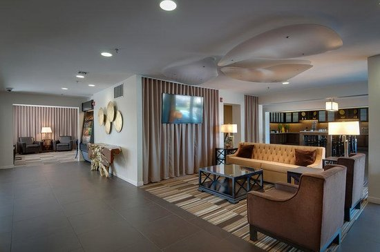 Best Western Plus Rancho Cordova Inn: Lobby