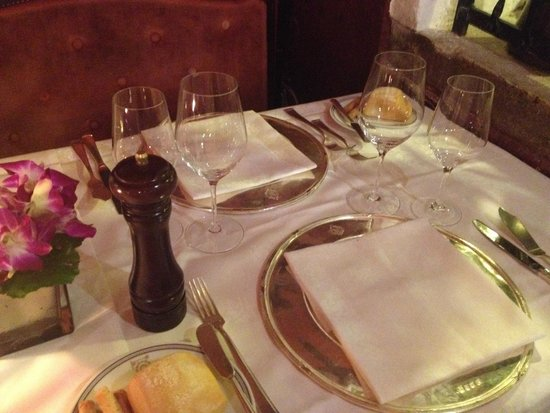 Ristorante Do Forni: Restaurant table setting