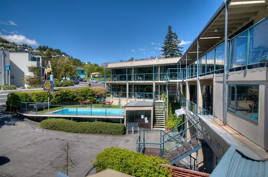 Photo of Four Seasons Motel Queenstown