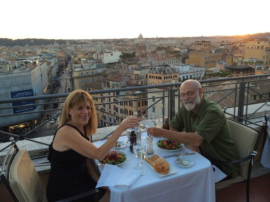 Sina Bernini Bristol: Roof Top Restaurant! Great Food..Great Service Exceptional View!