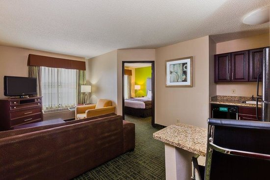 Country Inn & Suites By Carlson, Cedar Rapids North: Studio Suite