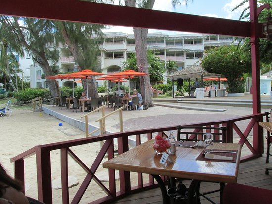 Bougainvillea Beach Resort : from Restaurant