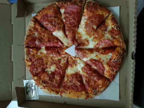 Detroit Pizza Factory: Large pepperoni. 10 pieces
