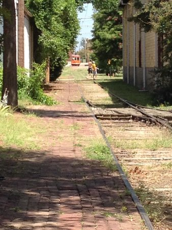 Fort Smith Trolley Museum: Hot summer day in Fort Smith. Waiting for the Trolley to pick us up.