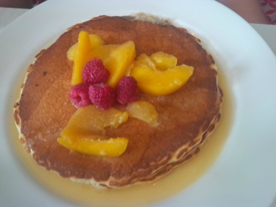 Earth to Table Bread Bar: Peach and Rasberry Pancake-AMAZING!!!