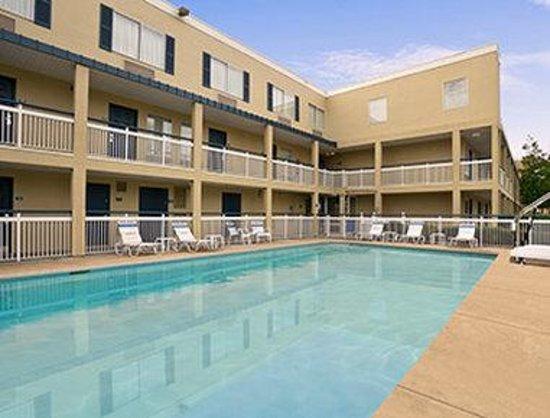 Days Inn Chattanooga/Hamilton Place: Pool