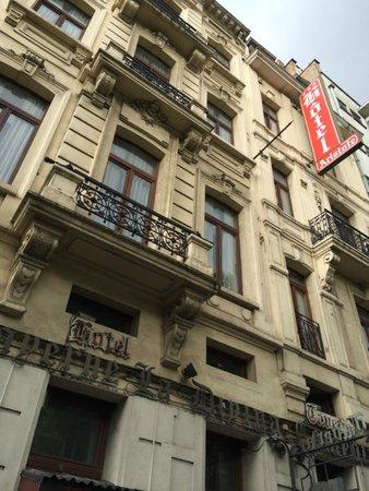 Aristote Hotel: 外観