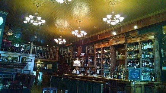 Skylarks Hidden Cafe: The front end