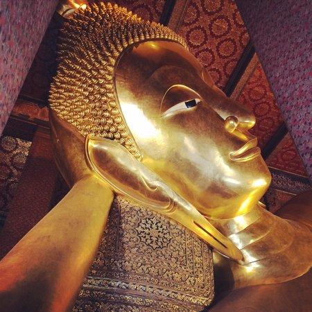 Wat Pho (Tempel des liegenden Buddha): Reclining Buddha.
