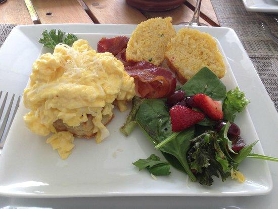 Bufflehead Cove Inn : Main course- breakfast