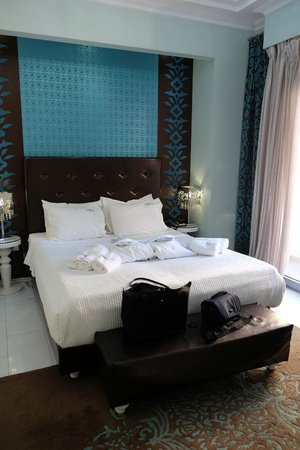 Athens Diamond Homtel : Clean and Comfortable Room