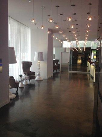 Radisson Blu Aqua Hotel: Hotel Lobby