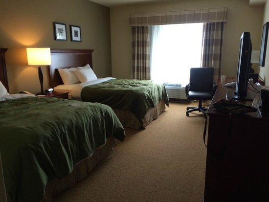 Country Inn & Suites By Carlson, Buffalo South I-90: Room with two Queen sized beds