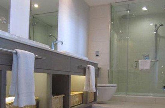 The Grand Brighton: Bathroom