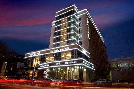 喀山盧西亞諾飯店