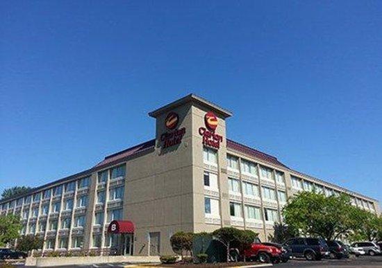 Photo of Clarion Hotel Joliet