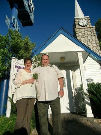 A Storybook Wedding Chapel : After the service