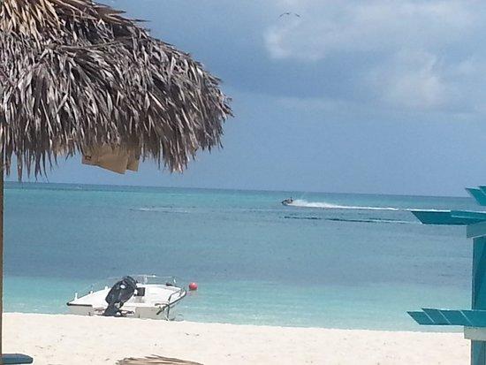 Breezes Resort & Spa Bahamas : beach shot