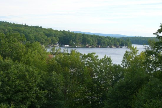 The Lake Inn at Mt. Sunapee : view from outside the room
