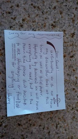 Residence Inn Kingston Water's Edge : Note left from housekeeping staff