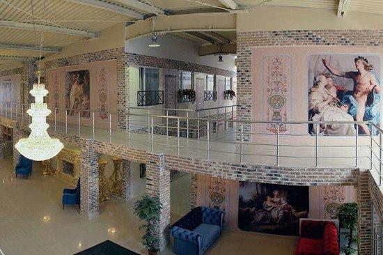 Gallery Voyage Hotel: Interior
